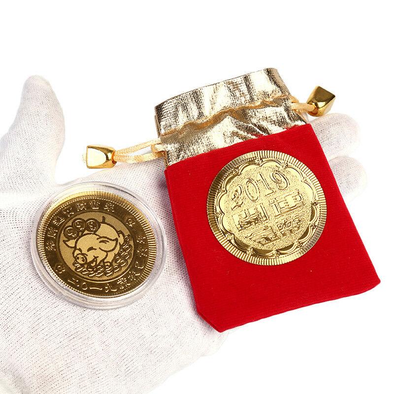 Gold pig commemorative coin year of pig coins newyear gift with drawstring bagpa 