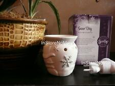 Scentsy PLUG IN  Warmer SNOW DAY Retired HOLIDAY VHTF Discontinued Retired RARE
