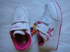 BNWT Girls Quality  Shoes Sneakers Joggers Size 6/26-10/30