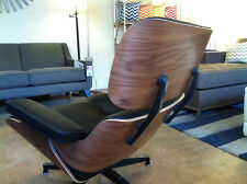 100% BLACK LEATHER AMERICAN WALNUT LOUNGE CHAIR & OTTOMAN EAMES.ESQUE