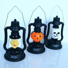 Halloween Lantern 17cm High - Lights up and makes eerie sound