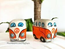 ♥ ~ AWESOME VW CAMPER VAN SALT AND PEPPER POTS BOHO HIPPIE FESTIVAL COOKERY NEW