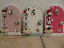 MAGICAL FAIRY DOOR CREAM & SILVER PINKS & WHITE LOCK KEY TINKERBELL & FLOWERS