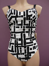 Rasurel La Baule black and white swimsuit R10531