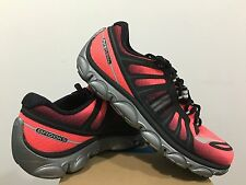 BROOKS PURE FLOW 2 (Womens) **LAST PAIR SIZE US 9**