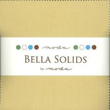 Bella Solids Parchment Charm Pack by Moda, 42 5-inch Precut Squares 9900PP-39