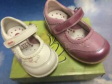 Beeko Glody Hook & Loop Leather Mary Janes Size 20 -25 /US Toddler Size 5 to 9