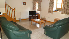 CHARMING BEAMED HOLIDAY MANOR COTTAGE PEAK DISTRICT 7 - 10  OCT PETS WELCOME