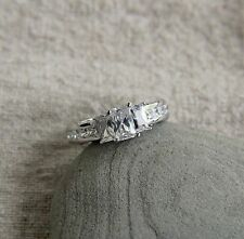 925 sterling silver 1.5ct emerald cz three stone engagement ring SE12