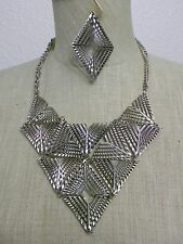 SILVER BURNISHED METAL V NECKLACE & EARRINGS SET