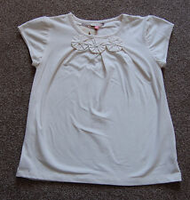 john lewis girls pretty cream t-shirt top age 9 years or 10 years       (1122)