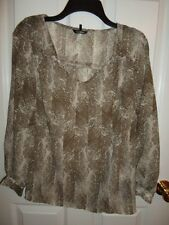 DAISY FUENTES OLIVE ARMY GREEN SAND TAUPE SPLATTER CHIFFON TOP BLOUSE XS S M NWT