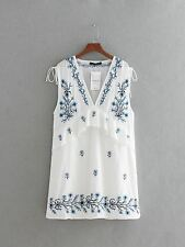 Women Blue And White Color Embroidered Half Sleeve Knee-length Dress