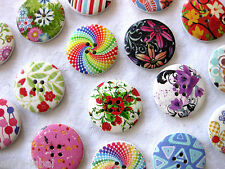8 large wooden - buttons, different Patterns,ca. 30 mm,Patterns selectable K86