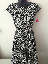 Ladies Velvet Floral Retro Vintage Print White Black Swing Skater Lace Dress Top