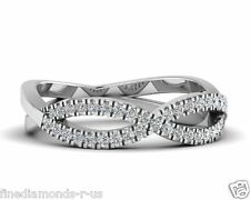 0.30ct Round Brilliant Cut Diamond Infinity Style Half Eternity Ring in 18K Gold