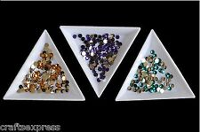 TRIANGLE SORTING TRAYS FOR RHINESTONES & BEADS