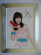 KATY PERRY Signed FRAMED Photo... BIG ...A4 size ! !