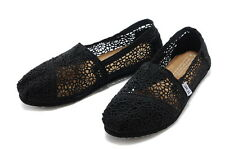 Toms Classic Black Black Crochet Women Shoes New in Box