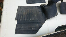 Land Rover Defender  300>TD5 Front Rubber Floor Mat One Piece Tunnel Cover