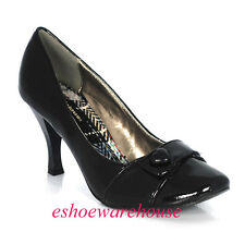 Black Patent Awesome Cutie Heart Round Toe Perfect Height Pumps Piping Detail