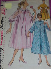 1950s SIMPLICITY #4972 - LADIES  BEAUTIFUL DUSTER ~ NEGLIGEE & HOUSECOAT PATTERN