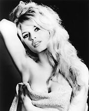 BRIGITTE BARDOT..Movie Promotion Still... Classic Retro Poster A1 A2 A3 A4 Sizes