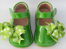 Squeaky Shoes for Toddlers - Green with Dot Bows, Mary Jane Style
