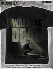 THE WALKING DEAD RICK GRIMES CROUCHED WITH GUN SURVIVOR AMC T TEE SHIRT S-3XL