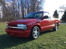 Chevrolet : S-10 2 door short bed