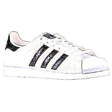 adidas Originals Superstar - Men's Basketball Shoes (WT/BK/WT Width:Medium)