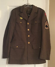 WWII 1940 US 4TH ARMY WOOL JACKET, HONORABLE DISCHARGE & SGT 1ST CLASS PATCHES