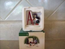DEPT 56 NORTH POLE LEONARDO AND VINCENT  #56801  (RETIRED)