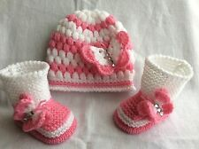 Hand knitted  baby girl booties/ knitted  hat 0-3 months