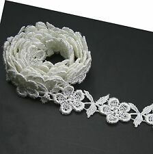 Unotrim 3/4 inches White and Ivory Rayon Floral Flower Venice Lace Trim By Yard