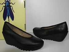 Fly London Yalu black leather pump shoes New In Box - 195$