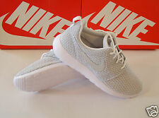 NIKE ROSHE RUN - WHITE / METALLIC PLATINUM - Women's Sizes NEW NiB 511882 103
