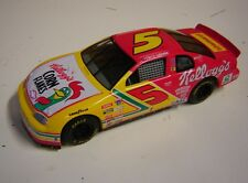 TERRY LABONTE CHEVY MONTE CARLO KELLOGG`S #5 RACING CHAMPIONS NASCAR 1:24
