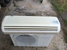 Fujita Split Air conditioner 3.2kw cooling Capacity Heating 3.8kw Used Pick Up