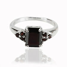Natural Gemstone Red Garnet 925 Sterling Silver Solitaire W Accent Ring (gr493)
