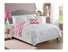 NEW Twin Full Queen Bed Bag 5 pc White Pink Chevron Reversible Comforter Set NWT