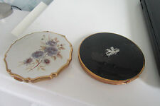 TWO VINTAGE POWDER COMPACTS ONE STRATTON