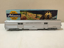 New York Central NYC 5020 Steamlined Baggage Car HO Athearn 1787 with box
