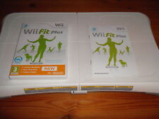 Wii balance board + Wii fit plus - official Nintendo