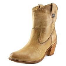 Frye Jackie Button Short Boot   Round Toe Leather  Ankle Boot