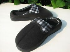 NEW AVON PLAID MEMORY FOAM SLIPPER SCUFF BLACK OR GREEN SIZE M, L OR XL