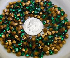 Swarovski 1100 Emerald  32pp- 4mm Vintage Crystal Chatons Foiled (24-48 Pieces)