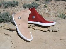 KAIBAB STYLE WOMEN's Red/Sand NAVAJO 1 BUTTON MOCCASINS
