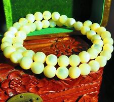 Lustrous Mother of Pearl bead necklace                iv-k