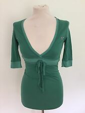 HOLLISTER LADIES V-NECK 3/4 LENGTH SLEEVE TOP GREEN SIZES XS - M RRP £40 BNWOT